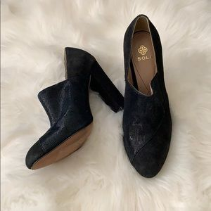 Black Isola Ankle Booties